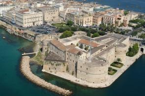 castello-aragonese-ph-marina-militare